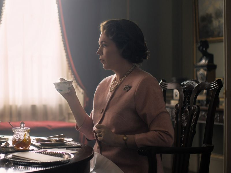The Crown S03 Olivia Colman